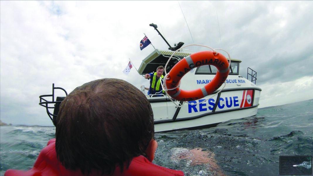 Marine Rescue Lake Macquarie rescuing someone