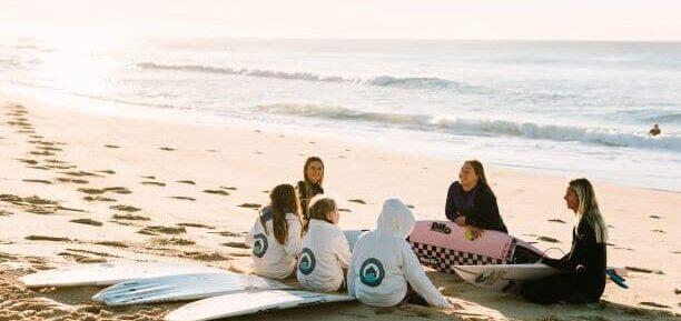 surfers girls